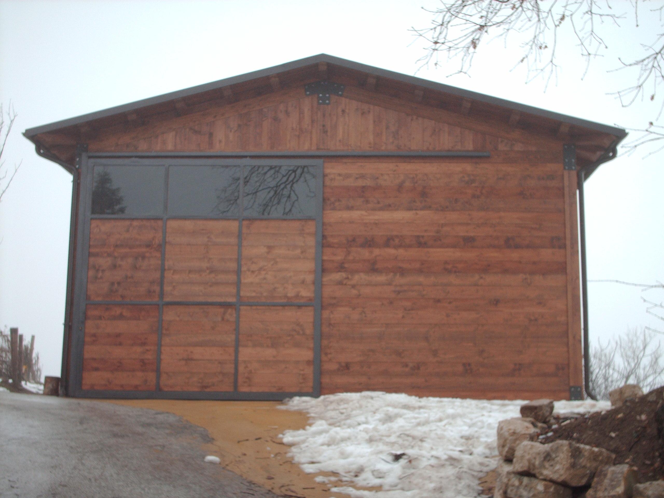 Case con portico in legno with case con portico in legno for Casetta in legno con portico